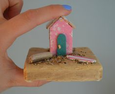 Miniature Driftwood Pink and Green Beach Hut by HSDesignsCornwall