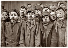 Child labour 1908 - photo by Lewis Hine http://everyday-i-show.livejournal.com/53725.html