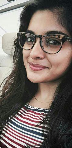 Nivetha Thomas Beautiful Bollywood Actress, Most Beautiful Indian Actress, Beautiful Actresses, Nivedha Thomas, Cute Celebrities, Celebs, Cute Faces, India Beauty, Indian Girls