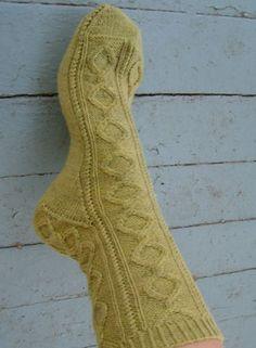 Free sock pattern: Cirque Socks by Sarah Wilson.     http://www.knitpicks.com/patterns/Cirque_Socks__D55468220.html