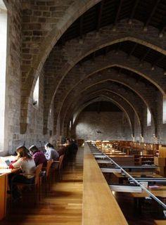 Sala de lectura de la Biblioteca Nacional de Cataluña. Barcelona, España