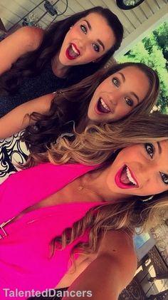 ryleigh vertes, Kendall vertes, and Maddie Ziegler Dance Moms Facts, Dance Moms Girls, Girl Dancing, Maddie Ziegler, Abby Lee, Kendall K Vertes, Dance Mums, Taylor Swift Concert, Maddie And Mackenzie