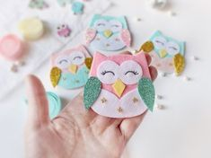 Excited to share the latest addition to my shop: felt owl headband, baby headband, pink, mint, Diy Baby Headbands, Felt Headband, Diy Hair Bows, Baby Bows, Ribbon Hair, Felt Diy, Felt Crafts, Felt Hair Accessories, Wedding Accessories