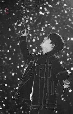Wanna One Hwang Minhyun Wallpaper Minhyuk, Jinyoung, Weak Knees, Nu'est Jr, Nu Est Minhyun, Korean Boys Ulzzang, Korean Idols, Talk About Love, Produce 101 Season 2