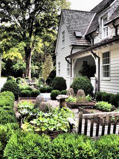 clapboard, cedar shingles, stone - Portfolio « Garden Variety Design  SIMPLY…