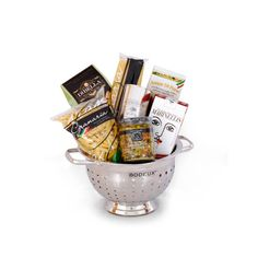 My friend would love this Italian gift basket! He loves making authentic Italian food and he always invites me over to dinner to try the new recipe he tried out. His birthday is coming up actually and I need to get him a gift still. I will have to get him something like this!