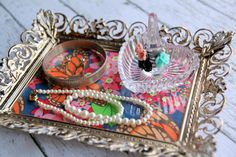 Thrifty Project: DIY Picture Frame Tray