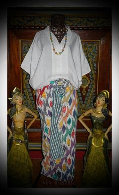 Blouse dobby putih Traditional Fabric, Traditional Fashion, Traditional Outfits, Batik Kebaya, Batik Dress, Kimono, Kebaya Modern Dress, Kebaya Dress, Kebaya Simple
