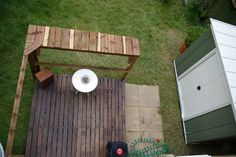 Deck Bar, Local Builders, Floor Finishes, Wooden Pallets, Decking, Kitchen Flooring, Upcycle, Living Spaces, Interiors