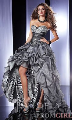 3e7b21c0170 32 Best Dresses images