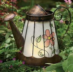 Solar-Lighted-Watering-Can_76282_lg mw