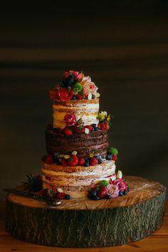 hochzeitstorte bilder ausgefallene torte mit sommerfrüchten