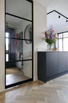 www.lifs.nl #lifs #interior #interiordesign #interieuradvies #ontwerp #3D #ensuite #maatwerk #staal