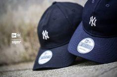 100% Retro-Feeling – garantiert! Die 9Twenty Classic MLB New York Yankees Baseball-Caps von New Era kommen mit vorgebogenen Schirmen, grün-glänzenden Schirm-Unterseiten, Straps zur Größenregulierung und Yankees Logos auf der Front. Ab jetzt in ausgewählten SNIPES Stores und online!  Preis: 24,99 Euro #snipes #snipesknows #newera #9twenty #classicmlb #ny #yankees #newyork #baseball #cap