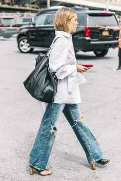 21 Ways to Wear Wide-Leg Jeans to Work