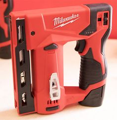 Milwaukee M12 Stapler at NPS17
