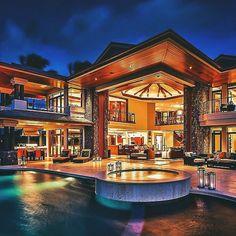 Open floor plan? No problem | via Websta | #LuxuryHome