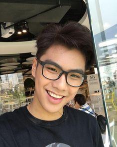 Asian Boys, Asian Men, Book And Frame, Ideal Boyfriend, Boy Celebrities, Asian Hair, Thai Drama, Cute Actors, Male Face