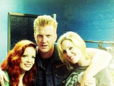 shirley manson, josh homme and brody dalle - awesome picture!