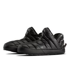 Pry yourself out of those ski boots and pull on these extremely warm, durable and water-resistant booties with durable high-traction soles. North Face Women, The North Face, All Black Sneakers, High Top Sneakers, Ski Boots, Recycled Rubber, Slipper Boots, Black Plaid, Womens Slippers