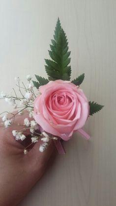 #weddding #corsage #groomcorsage #rosecorsage