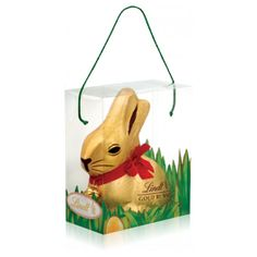 The Lindt 1kg Milk Chocolate Gold Bunny is the ultimate Easter gift that is sure to impress anyone who receives it! As the largest in the Gold chocolate Bunny family, it is perfect as a family Easter gift to share out and enjoy together. This beautiful milk chocolate bunny has been carefully crafted using the highest quality and finest ingredients by The Lindt Master Chocolatiers; you will want to savour every mouthful of this delicious Lindt Milk Chocolate Gold Bunny. This Lindt Gold Bunny…