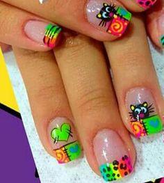 Manicura De Uñas Decoradas Con Colores Vivos Diseños De Uñas