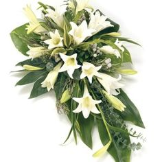 Order sympathy flowers - Fineflora offers a large range of flowers and floral arrangements to send to funeral directors in England, Wales, Scotland, and Northern Ireland (UK and Great Britain) Casket Flowers, Altar Flowers, Church Flowers, Funeral Flowers, Arrangements Funéraires, Funeral Floral Arrangements, Deco Floral, Arte Floral, Flowers London