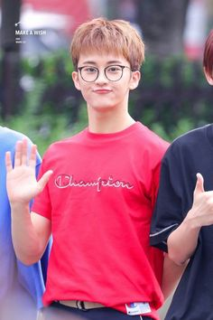 Mark with Glasses🤓 ©Owner Mark Lee, Kpop, Ntc Dream, Nct 127 Mark, Lee Min Hyung, Na Jaemin, Entertainment, Fandoms, Asian Boys
