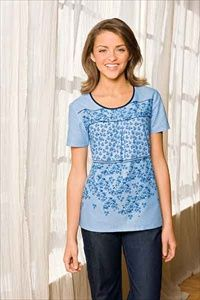 """Dickies Round Neck Scrub Top in """"Zip A De Do Dot"""" 82754C-ZIPA This junior fit round neck top features pleats and tucks at the center front, side angled pockets, back elastic to add shape and side vents. Center back length: 26 1/2"""". $20.25 #scrubs #scrubcouture #nurses"""