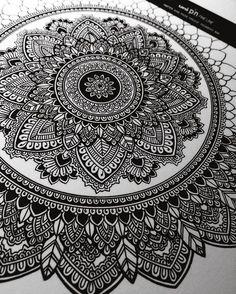 Artist & Designer | SC: AsmahanM E: murderandrose@gmail.com