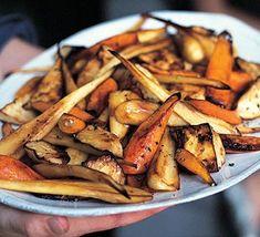 Pepper & honey-roasted roots Bbc Good Food Recipes, Vegetarian Recipes, Healthy Recipes, Veg Recipes, Roasted Carrots And Parsnips, Roasted Potatoes, Roast Dinner, Sunday Roast, Recipes