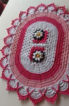 Tree Skirts, Christmas Tree, Holiday Decor, Crochet Carpet, Crochet Ornaments, Needlepoint, Dots, Places, Teal Christmas Tree