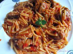 La pasta favorita de mi madre Japchae, Risotto, Spaghetti, Beef, Ethnic Recipes, Alba, Food, Al Dente, Crock Pot
