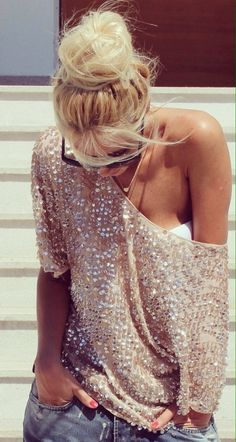 Perfectly cute street style outfit!  Perfect way to dress down a sequin top! Women's fall fashion clothing outfit