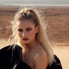 #nofilter 🖤 #natural #me 😂 #makeup #hairstyle #look #vamp #blonde #makeuplooks #hairstyles #looks #blond #portrait #beauty #beautiful #fashion #glam #fashionista #instafashionista #glamour #model #modellife #lifestyle #stylish #woman #bestoftheday #lookoftheday #hot #rock #desert Franck Provost, Makeup Hairstyle, Hair Images, Every Woman, Blond, Makeup Looks, Glamour, Hairstyles, Rock