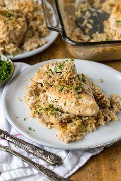4 Ingredient Chicken Rice Casserole via @spendpennies
