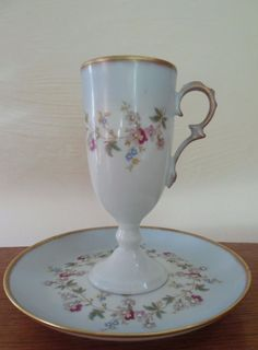 TASSE A MOKA CAFE PORCELAINE FINE PEINTE EMAILLEE GIRAUD LIMOGES COLLECTION