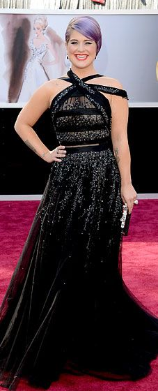 Kelly Osbourne wore a Tony Ward Couture dress -- and no Spanx at the 2013 Oscars!