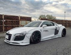 Kato's Custom x Liberty Walk x Audi R8.