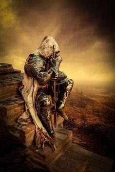 Fantasy Armor, Dark Fantasy Art, Dark Art, Archangel Tattoo, Knight Tattoo, Crusader Knight, Warrior Tattoos, Armadura Medieval, Knight Art