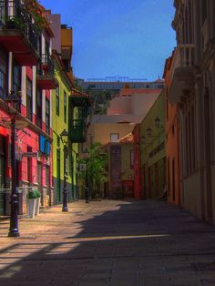 Puerto de la Cruz. Tenerife - The coloured houses of Puerto de la Cruz are enough to brighten anyone's day