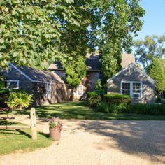 Gansett Green Manor, Amagansett, New York - Best Seaside Cottage Rentals - Coastal Living