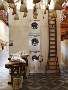 Great laundry room - although for short person like me a bit impractical as you need to climb up to use the other two washers ;-)