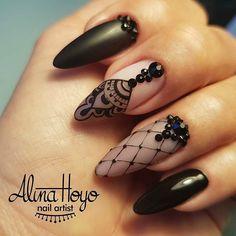 Beautiful nails by  @alinahoyonailartist  Ugly Duckling Nails page is dedicated to promoting quality, inspirational nails created by International Nail Artists  #nailartaddict #nailswag #nailaholic #nailart #nailsofinstagram #nailartists #instagramnails #nailprodigy #uglyducklingnails #nailpolish #polish #instanails #acrylicnails #nails #gelpolish #nails2inspire #nothingisordinary #nailsdid #nailsart #nailsalon #nailporn