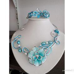 Acrylic beaded necklace made by Francine from Pandahall.com