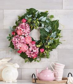 Valerie Parr Hill, Topiary, Beautiful Homes, Floral Wreath, Wreaths, Florals, Home Decor, Mini, House Of Beauty