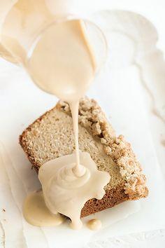 Apple Crumble Loaf by raspberri cupcakes, via Flickr
