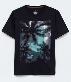 Camiseta com Estampa This t-shirt is Made To Order, one by one printed so we can control the quality. Hollister Tshirts, Boys T Shirts, Tee Shirts, Graphic Shirts, Printed Shirts, Sweat Shirt, Direct To Garment Printer, Mens Tees, Shirt Style