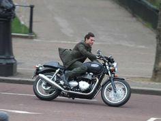 Tom Cruise – Triumph Thruxton